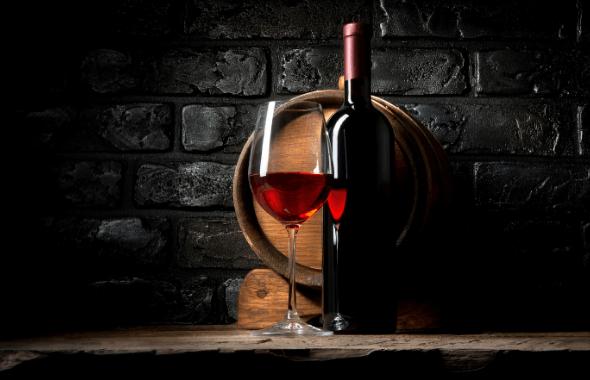Bouteille de vin dans une cave