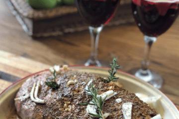 Gigot d'agneau et vin rouge